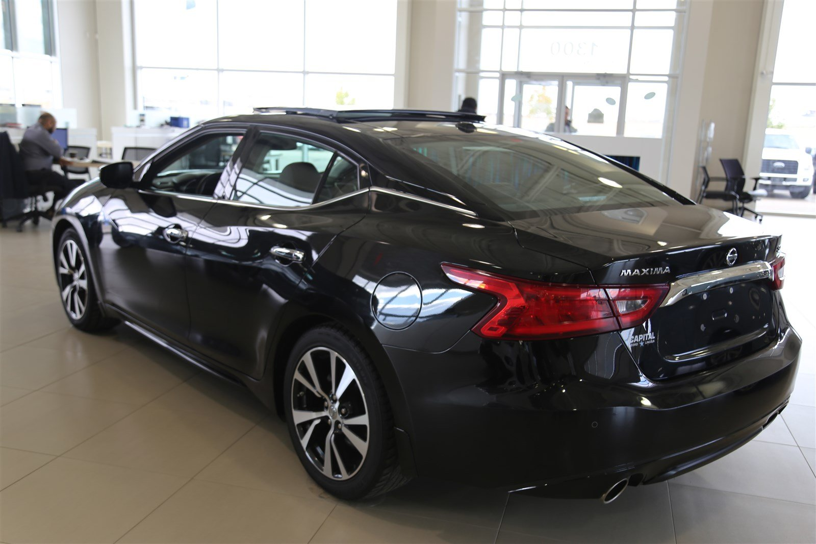 Pre Owned 2017 Nissan Maxima SL * Leather * Sunroof *