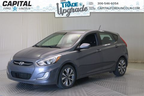 Pre-Owned 2017 Hyundai Accent SE * Sunroof * Heated Seats *